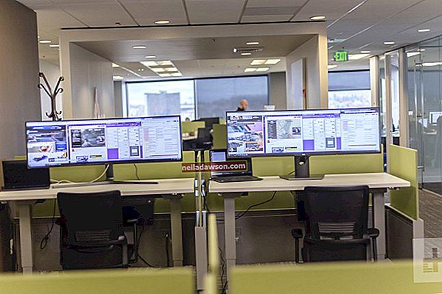 Hogyan készítsünk két monitort különböző dolgokról?